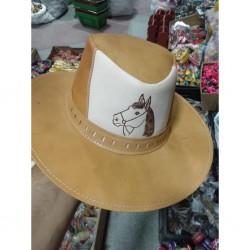 Chapéu Fazendeiro com aba média, produzido em couro (COURO PURO)